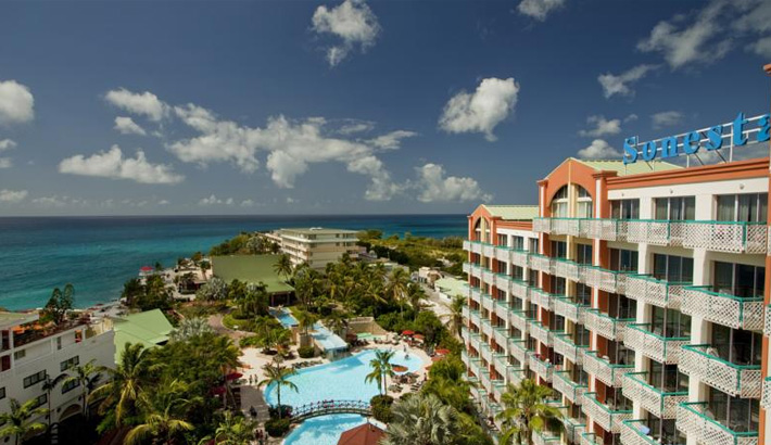 st-maarten-maho-beach-resorts