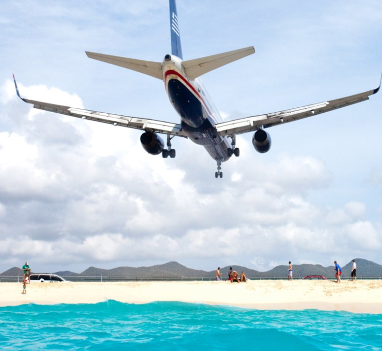 St Maarten Arrivals and Departures